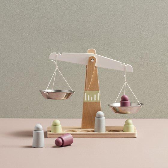Balance en bois