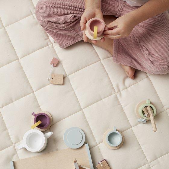 Service à thé en bois