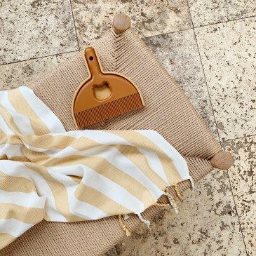 Serviette de plage à rayures