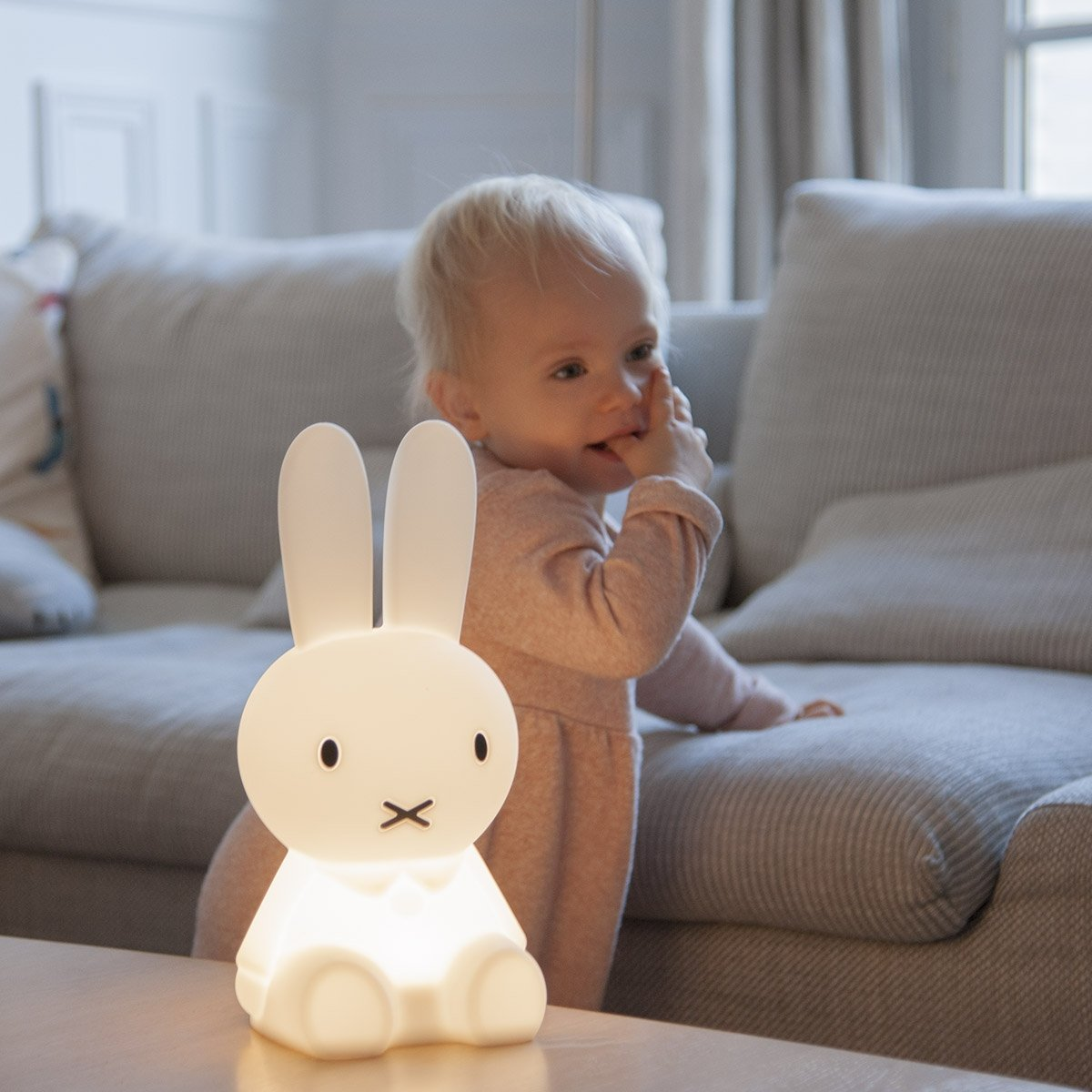 Lampe Veilleuse Lapin Miffy mini lampe miffy - les petits raffineurs