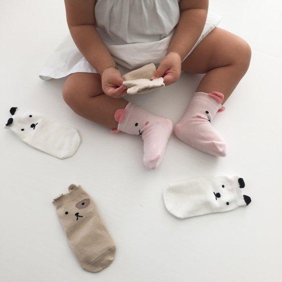 Triptyque de chaussettes à petites oreilles