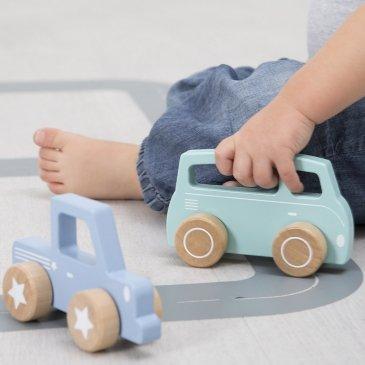 Petites voitures en bois little duch