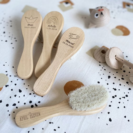 Brosse en bois personnalisée