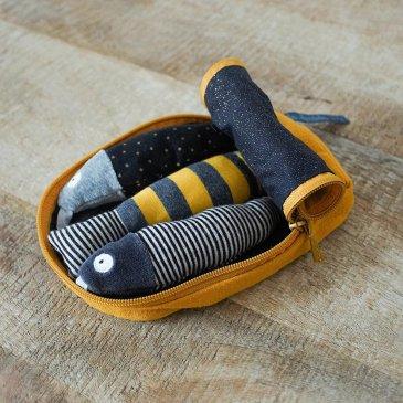 Boîte à sardines d'activités